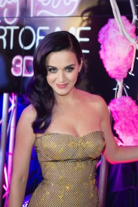 Katy Perry Flirts With John Mayer at Memorial Day Party