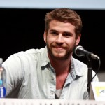 Liam Hemsworth Flirts In New Tork